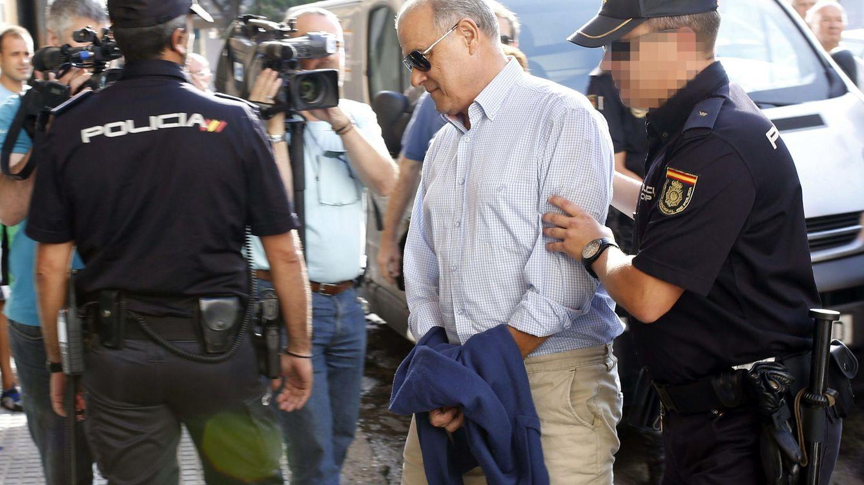 Foto: El exconsejero andaluz de Hacienda, Ángel Ojeda, detenido en agosto. (Efe)