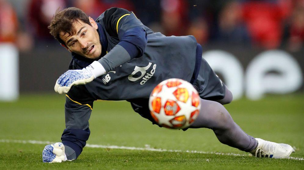 Foto: Iker Casillas se encuentra fuera de peligro tras su infarto. (Reuters)