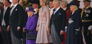 Post de El vestido abrigo con el que Máxima ha iniciado su visita de Estado a Reino Unido