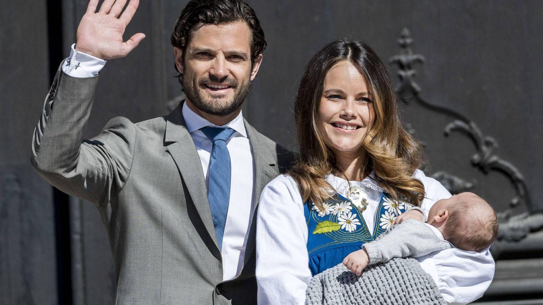 Foto: Carlos Felipe y Sofía con su hijo Alexander (Gtres)