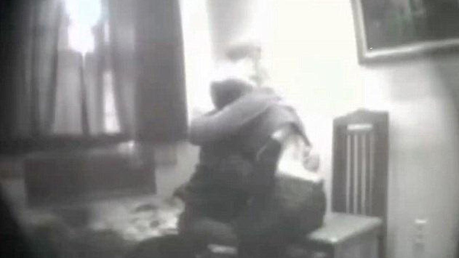 Foto: Un momento del encuentro sexual (Captura de pantalla de YouTube)