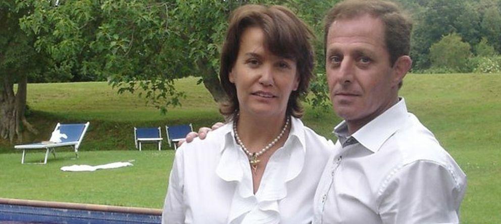 Foto: Ingrid Sartiau y Albert S. Jiménez reclaman ser hijos de Don Juan Carlos. (Foto: Tura Soler)
