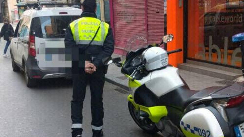 Foto: Agente de la Policía Local de Murcia (Policía de Murcia)