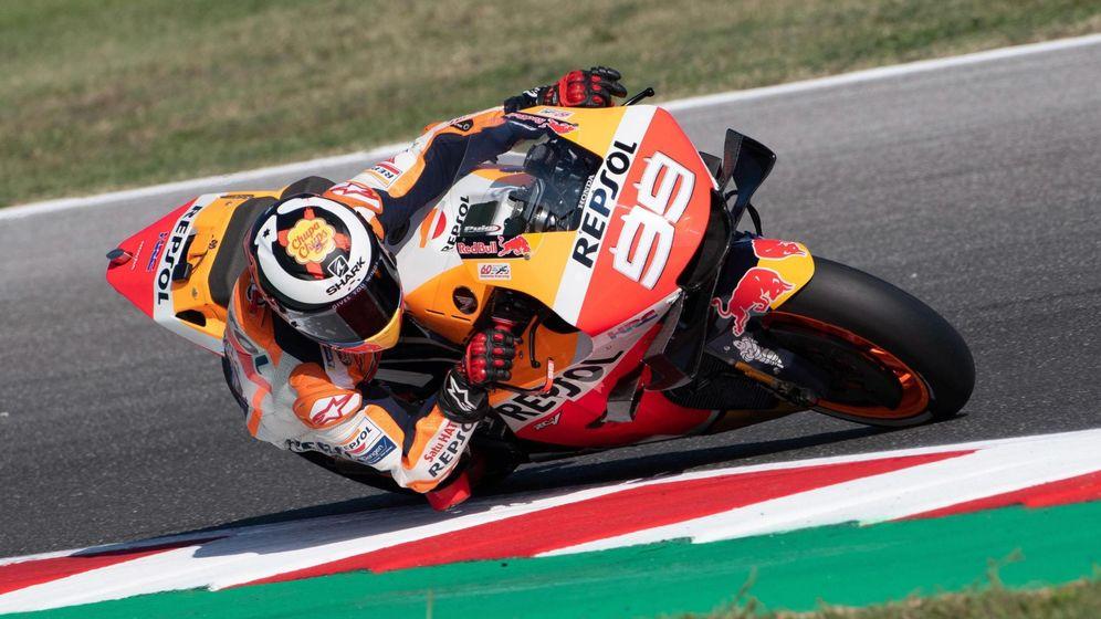 Foto: Jorge Lorenzo rodando con la Honda en el pasado Gran Premio de San Marino. (EFE)