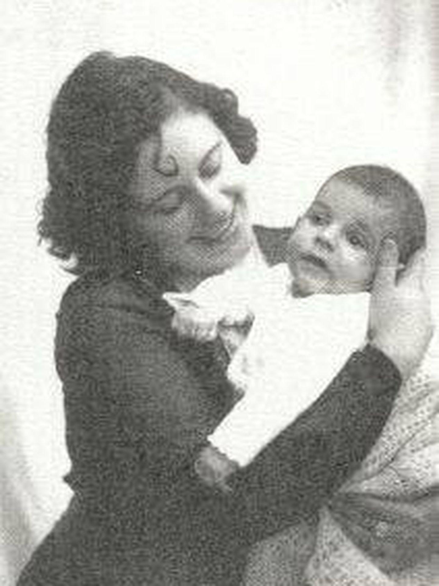 Mercè Rodoreda y su único hijo, Jordi