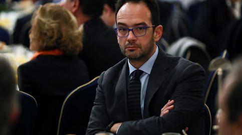 Hernando hizo 'lobby' por una firma que ha abierto un agujero de 1.500 M a Aena