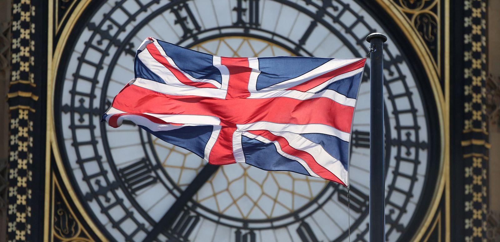 Foto: En directo: Cameron entierra a todos sus rivales: Miliband, Clegg y Farage dimiten
