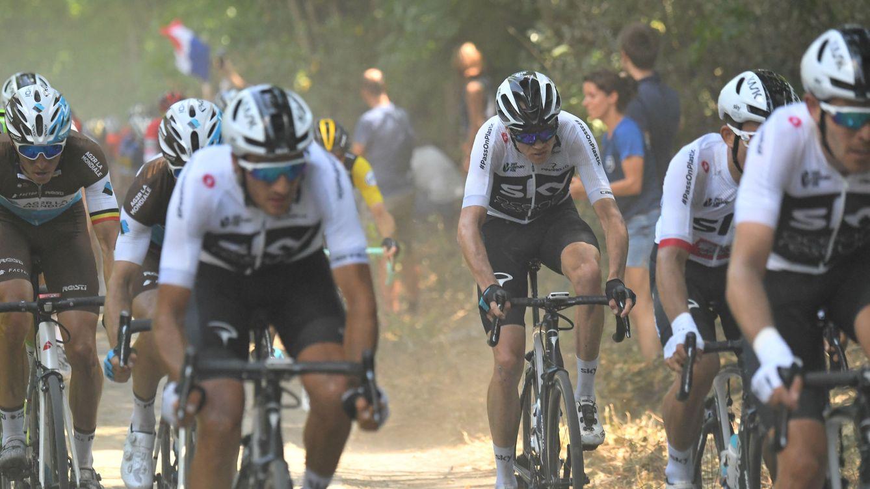 Foto: El equipo Sky en la novena etapa del Tour. (Reuters)