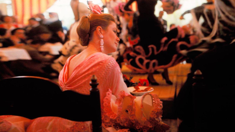 Cuando la duquesa de Alba bailó sevillanas con Gracia de Mónaco en Dueñas