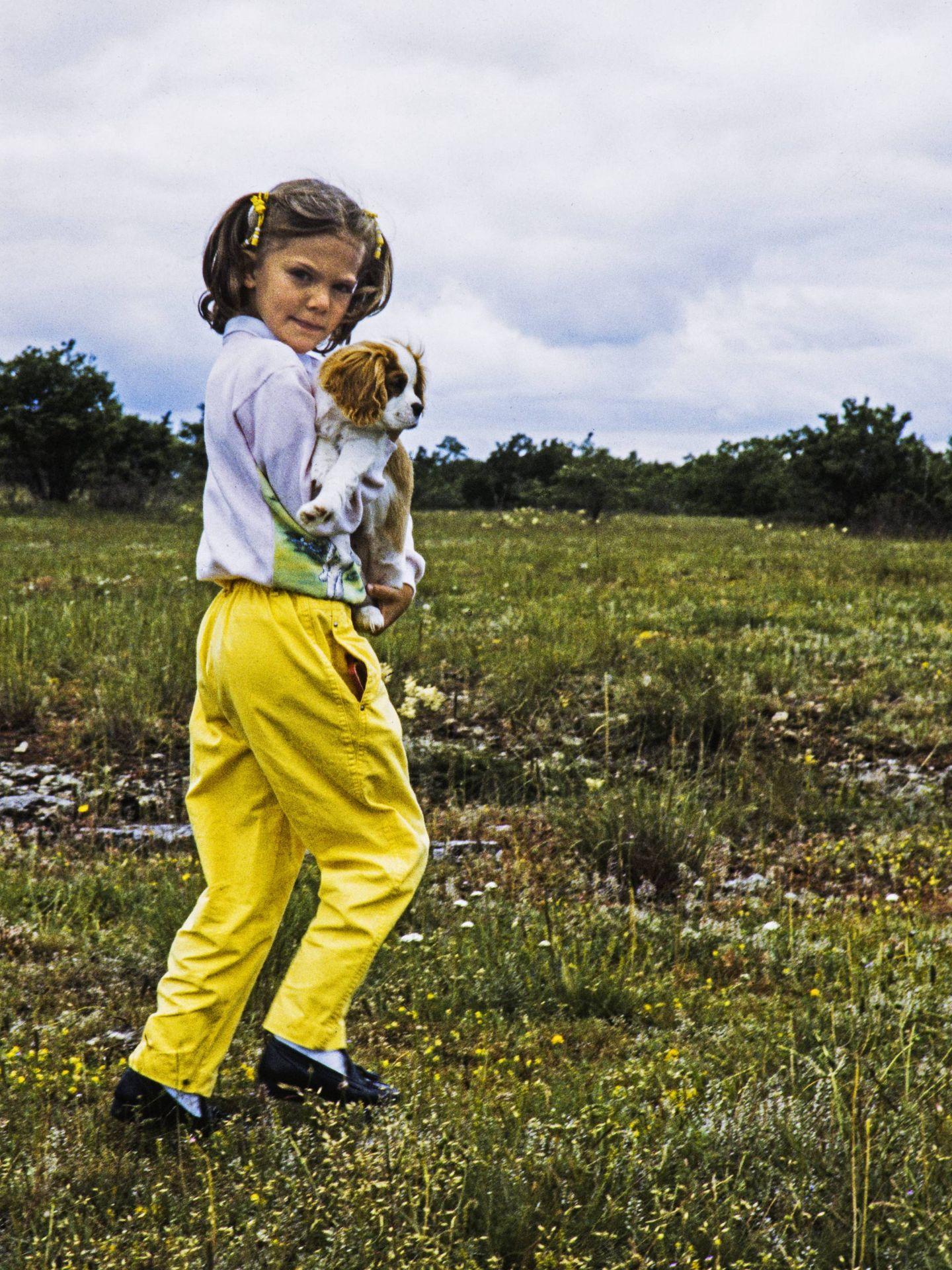 La princesa Victoria, en Solliden cuando era una niña. (Cordon Press)
