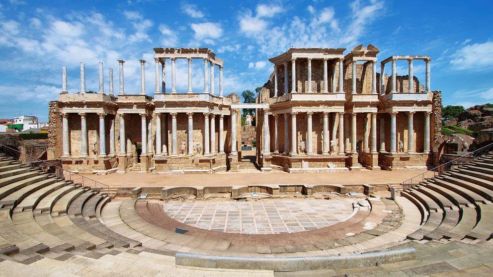 Más allá de Mérida y Cartagena: 7 teatros romanos desconocidos de España