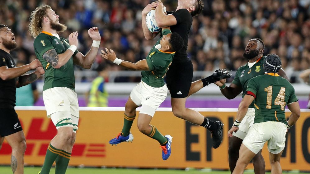 Foto: El Nueva Zelanda-Sudáfrica del 21 de septiembre fue el primer partido en estrenar el 'Free Viewpoint Video System Canon'. (EFE)