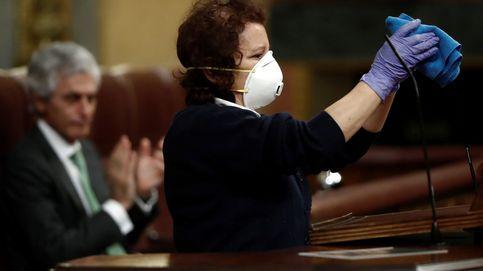 Aplauso a las limpiadoras del Congreso: Van a protegernos y a darnos seguridad
