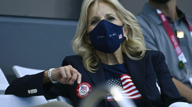 La maleta olímpica de Jill Biden es muy sporty y poco presidencial
