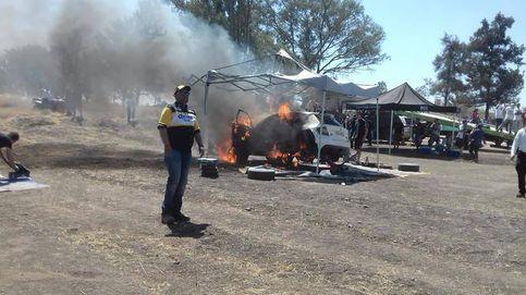 Fuego en el Rally de México antes de la salida