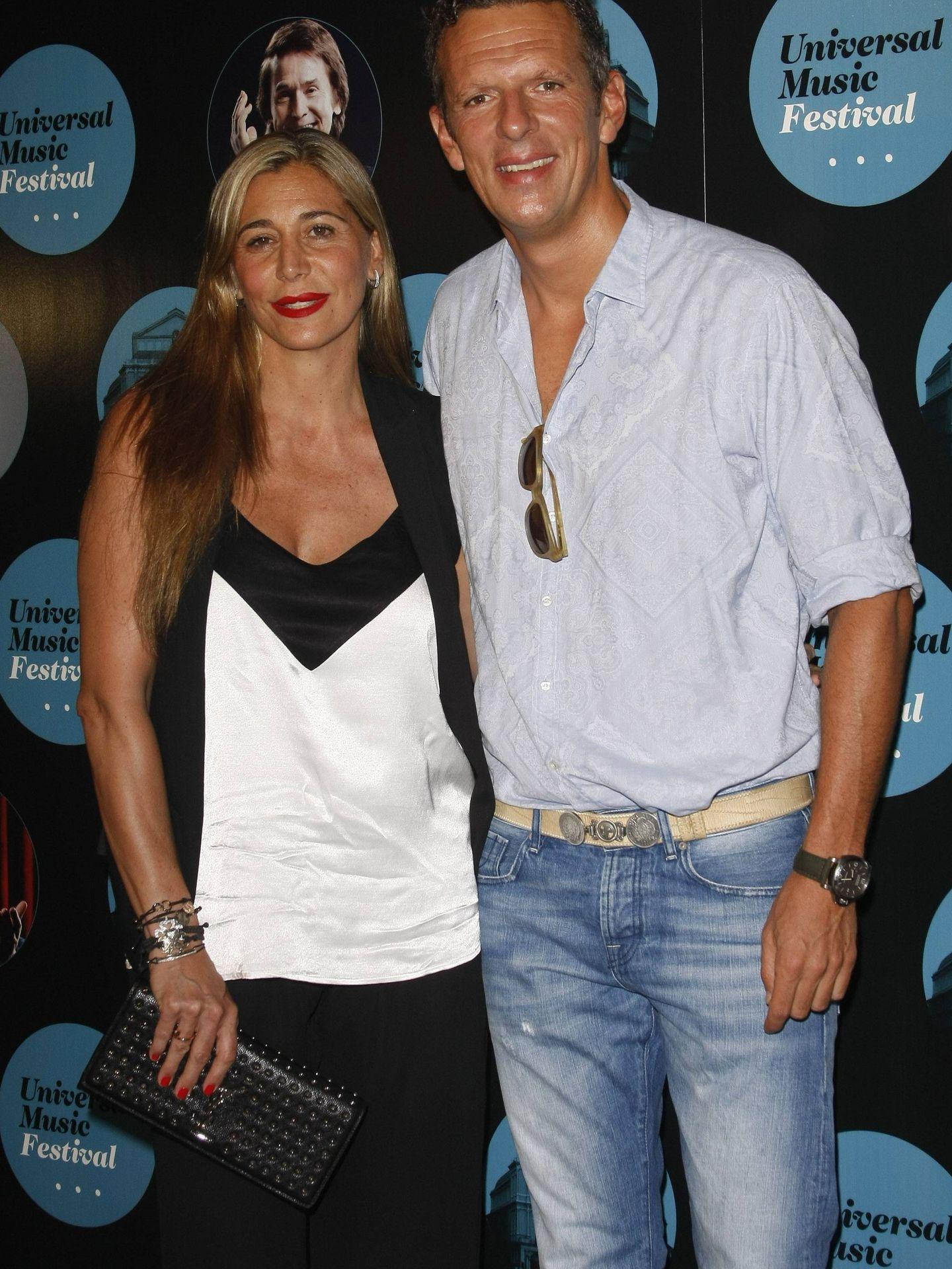 Joaquín Prat, con su pareja. (Cordon Press)