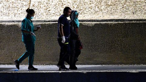 Evacúan a otros cuatro inmigrantes del Open Arms por complicaciones médicas