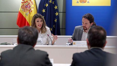 Iglesias y Díaz maniobran para cerrar el debate del SMI con un alza del 0,9%