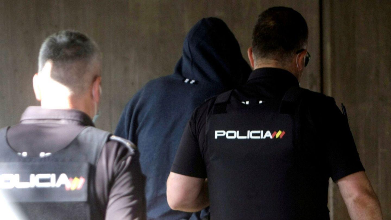 Uno de los detenidos que pasan hoy a disposición judicial. (EFE)