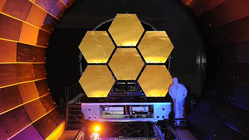 Así se fabrica y prueba el telescopio más grande y potente del mundo
