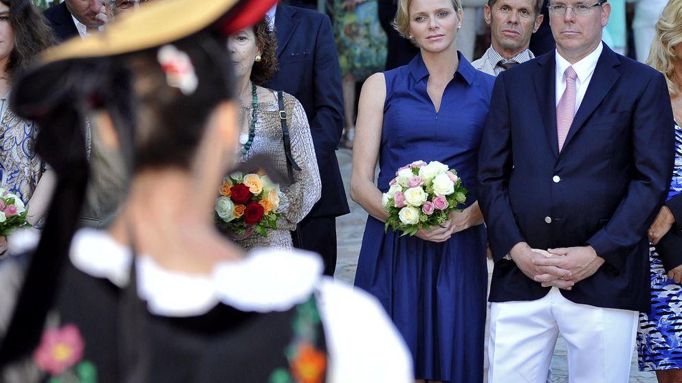 La princesa Charlene ya presume de embarazo