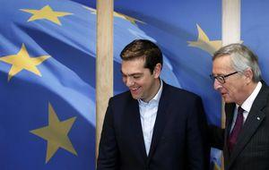 Tsipras y Varufakis, muy optimistas en llegar a un acuerdo tras reunirse con la UE