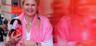 Post de Corinna Schumacher, madre coraje en el debut de su hijo Mick en la Fórmula 1