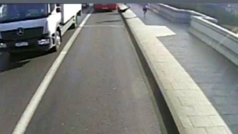 Detenido el 'runner' que lanzó a una mujer contra un autobús en Londres