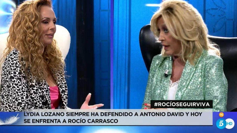 Rocío Carrasco y Lydia Lozano. (Mediaset)