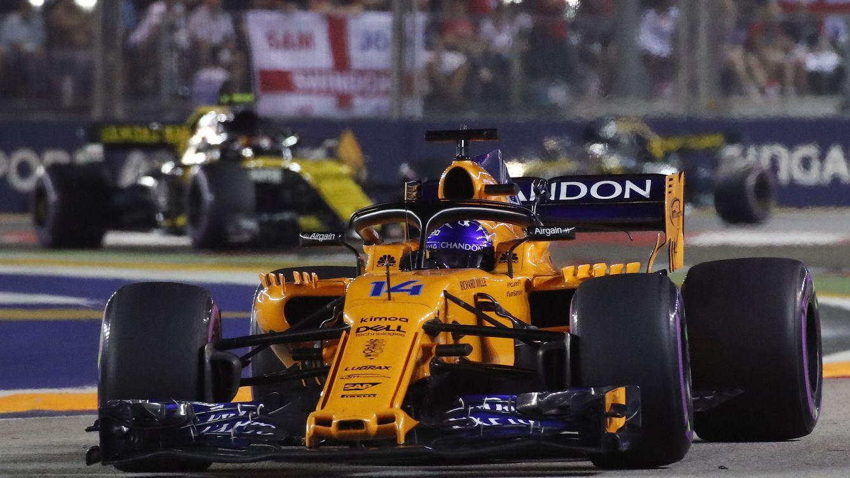 Fernando Alonso volvió a sacar petróleo de su McLaren... y la mano contra Haas