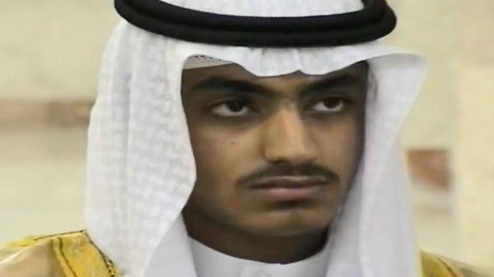Foto: Foto a un vídeo sin fecha que difundió la CIA, en el que aparece Hamza bin Laden, el hijo del líder de al-Qaeda Osama bin Laden. (EFE)