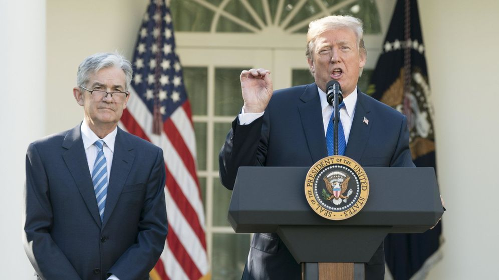 Foto: Jerome Powell, presidente de la Fed, y Donald Trump
