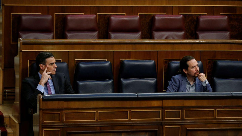 Pedro Sánchez y Pablo Iglesias, en el Congreso. (EFE)