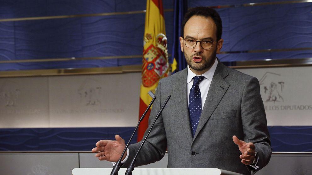 PSOE y PP ultiman un pacto para prohibir por ley los cortes de luz