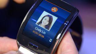Pero Samsung, ¿de verdad quieres que hable con el Gear S?