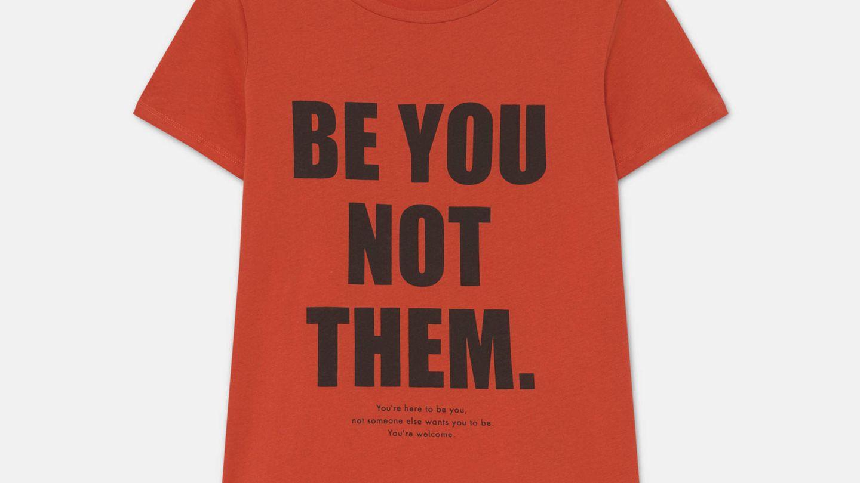 Camiseta roja. (Cortesía)