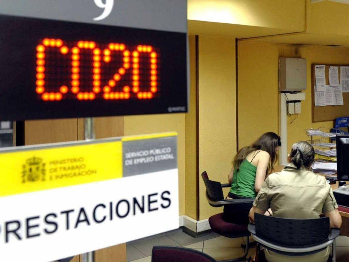Foto: Interior de una oficina del Servicio de Empleo. (EFE)