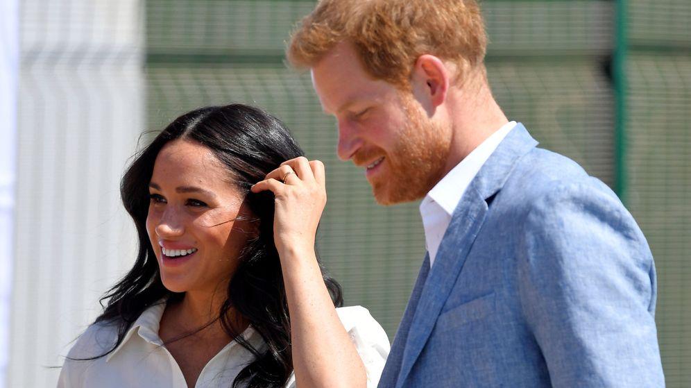 Foto: Los duques de Sussex, este miércoles en Sudáfrica. (Reuters)