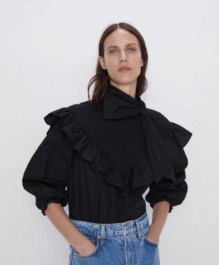 Foto: La blusa de Zara que ha agotado stock en una semana (Cortesía)