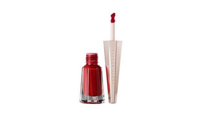 Stunna Lip Paint Longwear Fluid Lip Color, de Fenty beauty by Rihanna.