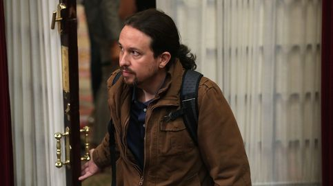 Pablo Iglesias, abucheado por manifestantes en la estación de Sants