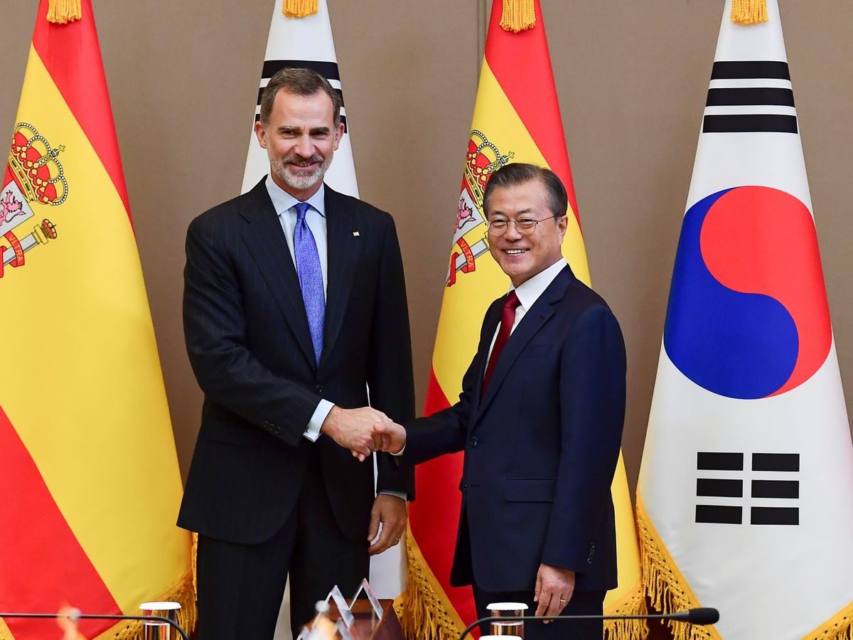 Foto: Visita del rey Felipe VI al presidente Moon Jae-in. (Reuters/Kim Min-Hee)