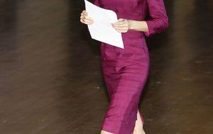Foto: Letizia repite su vestido magenta por quinta vez