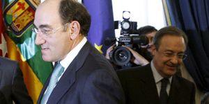Foto: Florentino Pérez 'claudica' ante Galán: vende el 3,7% de Iberdrola por solo 798 millones
