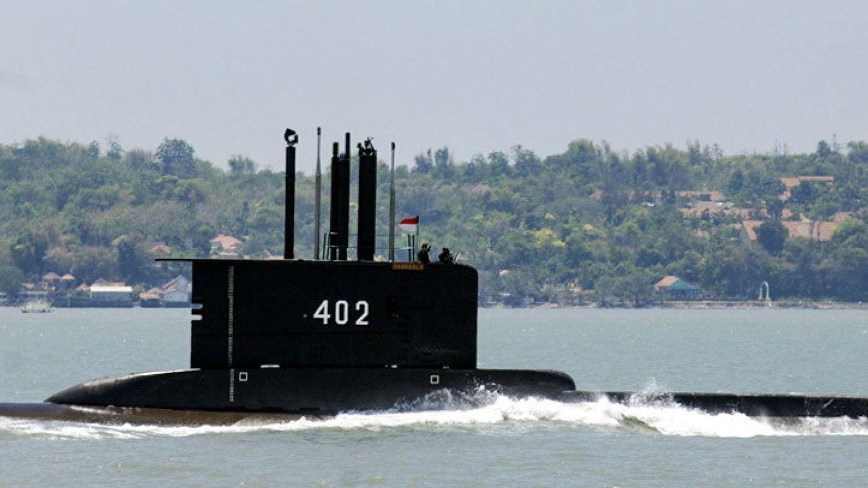 Indonesia 'pierde' uno de sus submarinos militares, con 53 tripulantes a bordo