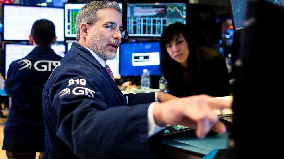 Foto: Europa, como es lógico, ha acompañado el rebote de Wall Street e incluso ha dirigido la recuperación. (EFE)