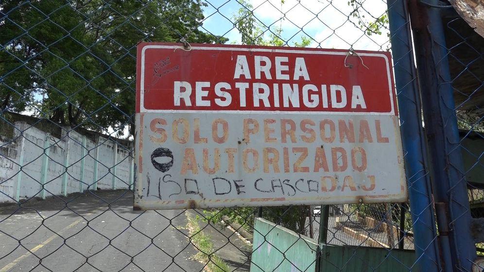 Foto: Entrada de la cárcel de El Chipote, en Managua. (H. Estepa)