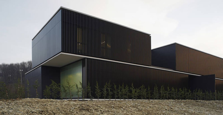 Viajes en espa a la arquitectura de pamplona de rafael - Arquitectos en pamplona ...