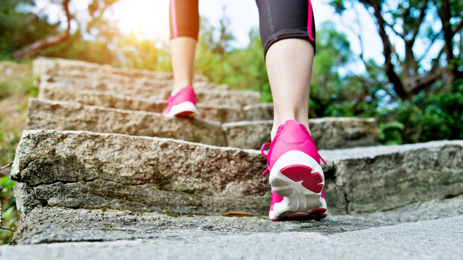 Foto: Caminar produce buenos efectos en la salud. (iStock)