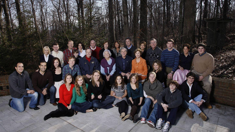 Reunión de la familia Bush en las navidades de 2008. (Getty)